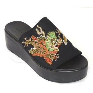 BeBe Stretchy Dragon Embroidery Slide Sandal Asian